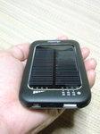 ソーラーバッテリー充電器 (3).JPG