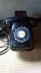 黒電話機 (2).jpg